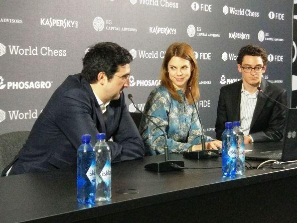 Caruana en rueda de prensa